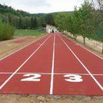 Nové atletické sportoviště v Nové Hradečné